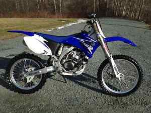 Cleanest 2009 YZ450F you will find. (With Papers) ($3700)