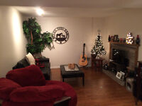 Room for Rent (ALL-INCLUSIVE!) near University & Mall
