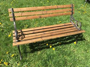 Banc parc cèdre de l'ouest/ fonte/ Park bench red cedar/ metal