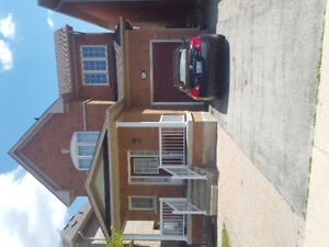House For Rent Near Chinguacousy- $2100