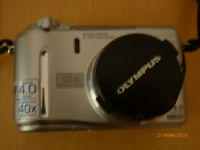 Olympus C-750 Ultra Zoom Camera