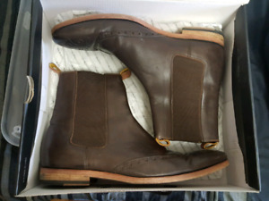 Ted Baker   Chelsea  Wingtip Boots