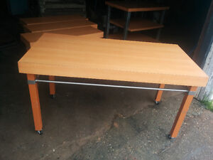 CARPENTER / WOODWRKER PROJECT  ASSEMBLY TABLE