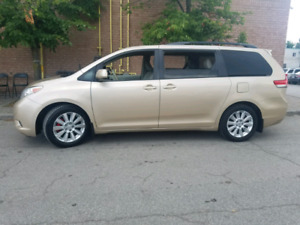 2011 TOYOTA SIENNA XLE CAMERA LEARTHER SEAT POWER DOOR 106458 KM