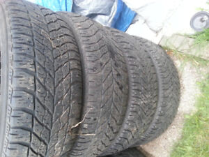 4x Winter 215/60R16 GoodYear (####Quick Sale####)