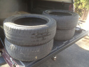 4 matched 185/60/R15  Kumho tires