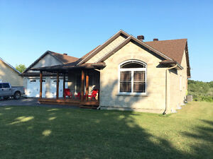 BEAUTIFULLY FINISHED OPEN CONCEPT BUNGALOW
