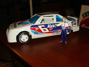 nascar mark martin figure and car
