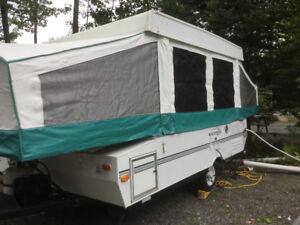 Très belle tente roulotte pas cher pour sa propreté