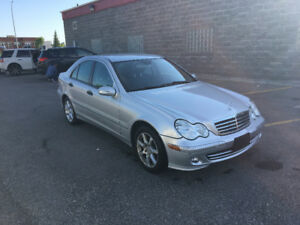 2005 Mersedes-Benz C 230 with low km