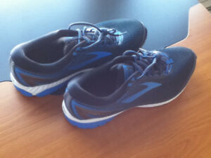 Brooks Ghost 10 Mens Running Shoes Size 15 Tried on Once $40