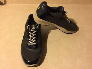 Women's Sport-I-Que Donald J Pliner Shoes Size 10 London Ontario image 10