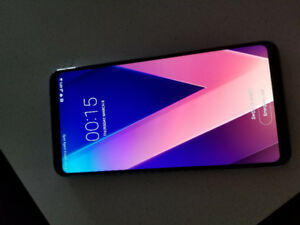 LG V30 BRAND NEW NEVER USED UNLOCKED IN THE BOX
