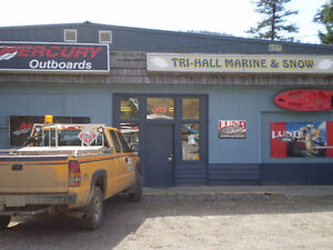 Large Commercial building with locked compound Williams Lake Cariboo Area image 2