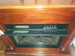 Twin Star 33E05 Electric Fireplace Heater TV Stand West Island Greater Montréal image 3