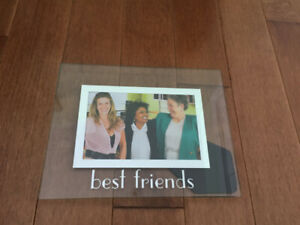 """Photo Frame """"Best Friends"""" - Like new/great gift!"""