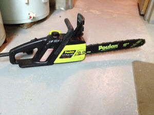 """Scie a Chaine ****   16"""" Poulan *** Electric Chainsaw"""