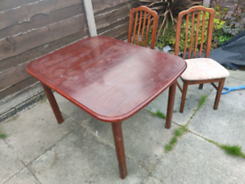 Dining set table + 5 chairs