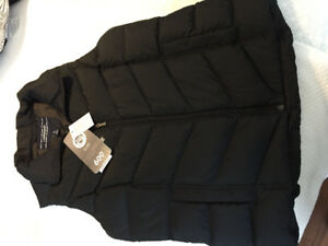Brand new 600fill Lands End women's vest size small. Tags on.