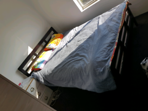 Queen size bed with matress for 180