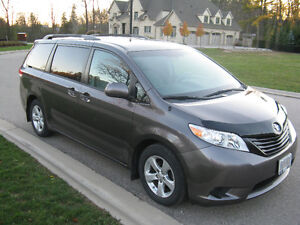 2012 Toyota Sienna V6 5dr 7-Pass FWD 3.5L Kitchener / Waterloo Kitchener Area image 7