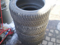 4 PIRELLI  P 215/60R15  all season  tires
