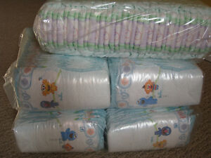 Pampers and Huggies diapers size4