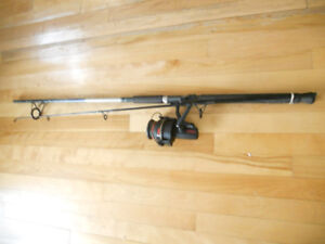 Canne moulinet a plage, grands, Heavy fishing rod and reel