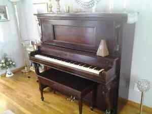 Piano antique droit Saguenay Saguenay-Lac-Saint-Jean image 2