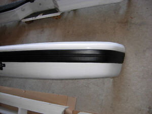 Factory Painted White Bumpers 1992 to 1996 F150 F250 F350 Cambridge Kitchener Area image 3