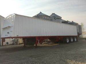 1998 cross country tri axle grain trailer