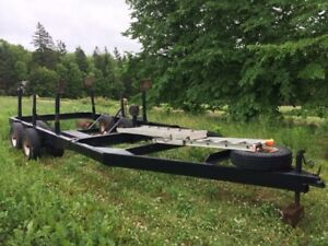 Heavy duty sailboat trailer