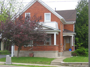 All INCLUSIVE 4 bedroom STUDENT house Uptown Waterloo