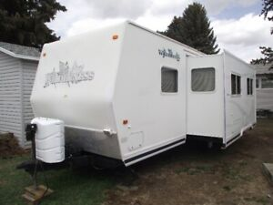 WILDERNESS 27H GL HARD BODY TRAILER FOR SALE.