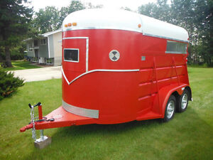 HORSE TRAILER, RECONDITIONED, IN GREAT SHAPE!