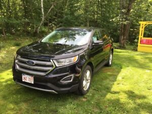 Well maintained 2017 AWD Ford Edge