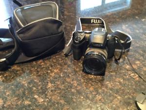 Caméra numérique FUJIFILM Finepix HS 25 EXR