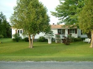 Mobile Home on Leased Land Corner Lot Perfect for Retirement 55+ Cornwall Ontario image 1