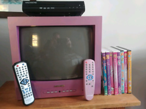 TV and DVD Player with 8 movies