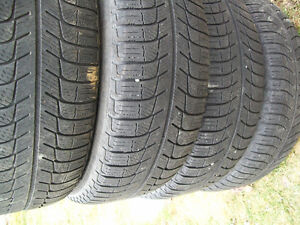 195/65/r15  95t snow tires(FOR SALE)
