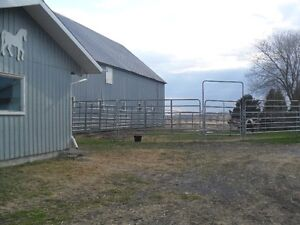 Private Barn has  stall and turnout available