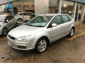 Ford Focus 1.6 Ghia**IMMACULATE!!!**FORD FSH - CAMBELT DONE**1 OWNER**