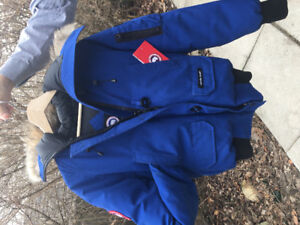 Canada Goose Bomber Jacket Blue Size Small