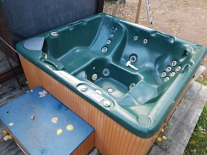 Hot tub For Sale ...Reduced Price!!