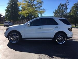 Mercedes Benz ML320 Bluetec AWD LOW KMS