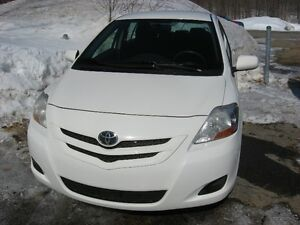 Toyota Yaris 2008  Berline