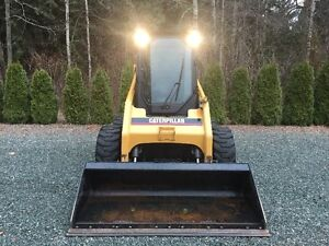 CAT 236B Skidsteer 2007 For Sale Low Hours, Mint Condition!