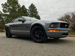 2007 Ford Mustang Deluxe Convertible LOW KMS