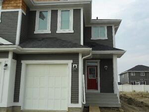 Stunning Duplex in Leduc-One Year Lease Incentive