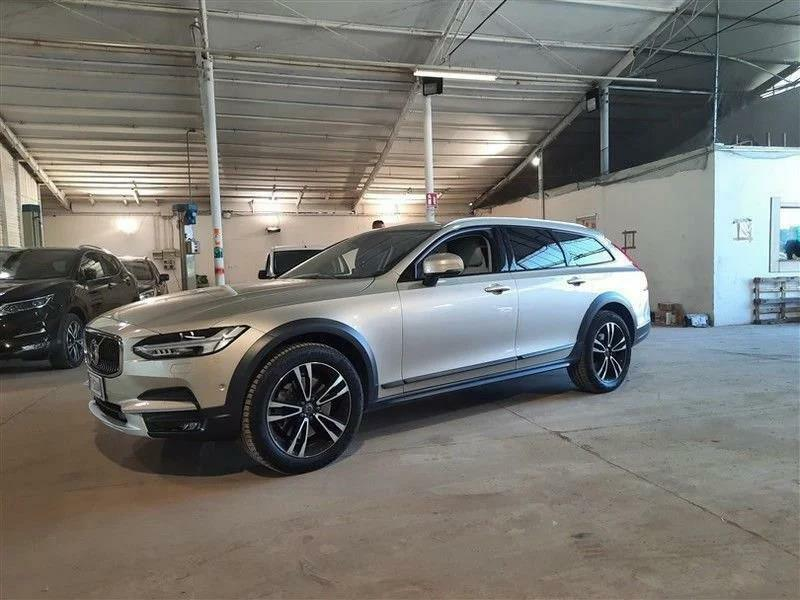 Volvo V90 Cross Country D4 AWD Geartronic Cross Country Pro